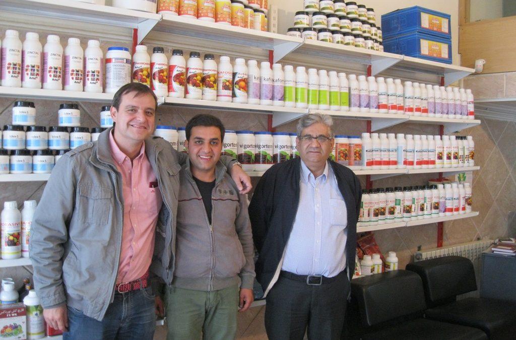 Artal visita Irán